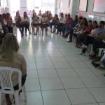 Assistentes sociais participam de assembleia geral da categoria